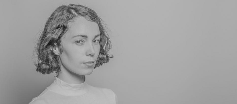 Kelly Lee Owens - More Than A Woman